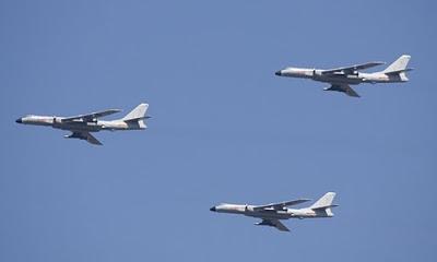 Savunma sistemlerini güçlendirmek ve olası saldırılara karşı koyabilmek amacıyla Çin kıtalararası bombardıman uçağı üzerinde çalışıyor.