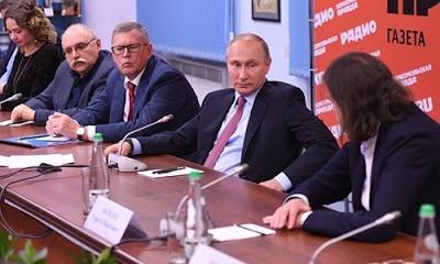 Rusya, Suriye'deki üsse saldırıların Türkiye ile bağlantısının olmadığını açıkladı.