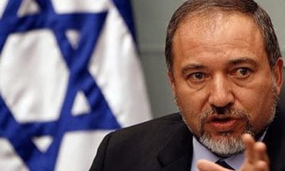 İsrail Savunma Bakanı Lübnan'a karşı savaş hazırlığında olduklarına işaret etti.