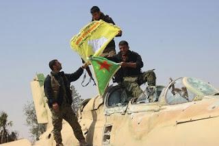 Tabka Üssü YPG'de
