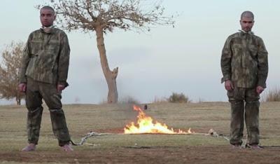 Fethi Şahin solda, Sefter Taş sağda. IŞİD propaganda videosu....