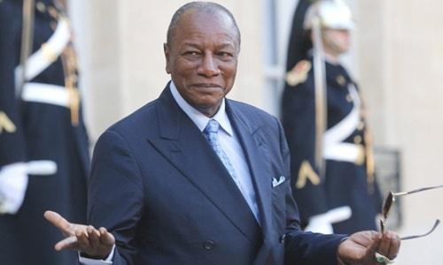 Zimbabve'deki krize ilişkin açıklama yapan Afrika Birliği, ülkedeki olayların 'darbe gibi göründüğünü' vurgulayarak, anayasaya bağlılık çağrısında bulundu.