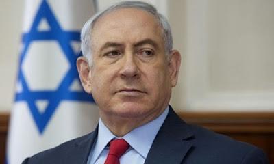 """İsrail Başbakanı Binyamin Netanyahu, """" İsrail'in güvenlik ihtiyaçlarına göre Suriye'de - güneyi de dahil - operasyonlara devam edeceğimizi başta Washington ve Moskova olmak üzere dostlarımıza bildirdim"""" dedi."""