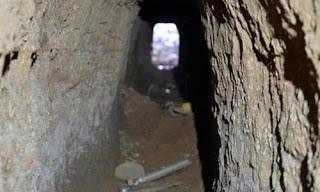 Kandil'den çok sayıda üst düzey teröristin gönderildiği ve 8bin teröristin bulunduğu Afrin'de Parsa Dağı'na kadar araba geçebilecek tünel kazılıyor.