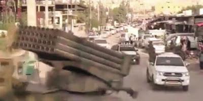PKK, son birkaç gündür yüzlerce araçlık konvoylar eşliğinde Afrin'e silah ve cephane taşıyor.