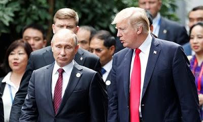 """iki ülke liderinin ortak açıklamasında, """"Bugün Devlet Başkanı Putin ve Başkan Trump, Vietnam'ın Danang kentindeki APEC Zirvesi kapsamındaki görüşme sırasında, Suriye'de IŞİD'i yenilgiye uğratma kararlılığını teyit ettiler"""" denildi."""