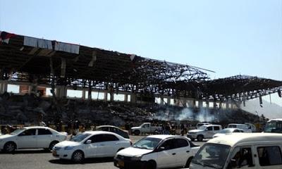 Suudi Arabistan, Yemen'in başkenti Sana'nın Es-Sebin Meydanı'ndaki stadyuma ve Savunma Bakanlığı binasına saldırı düzenledi.