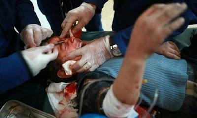 Suriye'nin Doğu Guta bölgesinde rejim güçleri tarafından düzenlenen saldırılarda son iki haftada 135 sivil hayatını kaybetti.