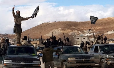 300 El Nusra militanı, Şam'ın Batı Guta bölgesinden tahliye ediliyor