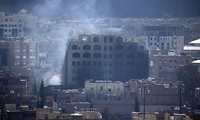 Riyad yönetimi Sana'da ateş altında kalan sivilleri bölgeyi derhal terk etmeleri konusunda uyardı.