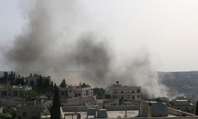 İdlib'te düzenlenen hava saldırısında 10 kişi öldü.